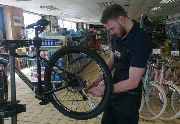 bike repairs blackpool